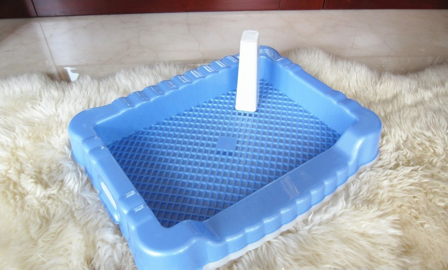 2015 New High-Quality 4 Colors Pet Dog Toilet Band Pillar Grid Pet Toilet Small Medium Dog Cat Toilet Diaper Free Shipping(China (Mainland))