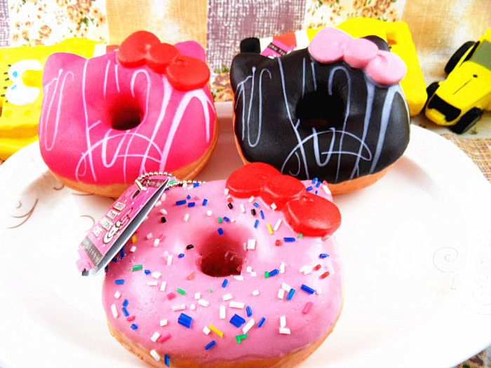 1pcs Licensed Sanrio 10cm Jumbo Hello Kitty Donuts Squishy Sweet Roll Cell Phone Straps Charms Key Chain With Tags Big Sale(China (Mainland))