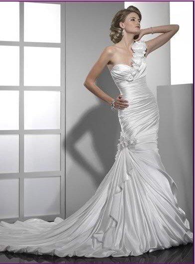 free shipping Latest designer White/ivory strapless bridal wedding gown wedding dress