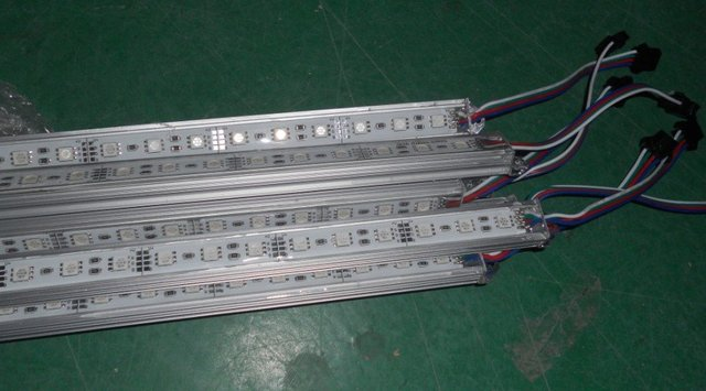 "RGB led rigid bar,5050 SMD,1.0m long,60eds,waterproof by silicon coating;""U"" type alu housing"