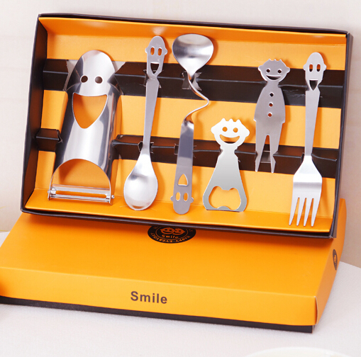 2015 NEW 6PCS/SET Creative stainless steel fashion engraved with a smile lunch box spoon fork tableware sets Promotional Gift(China (Mainland))