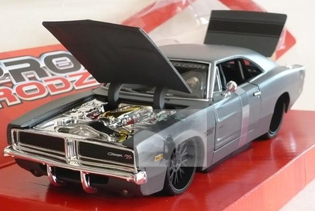 Dodge 1969 dodge charger r t refires(China (Mainland))