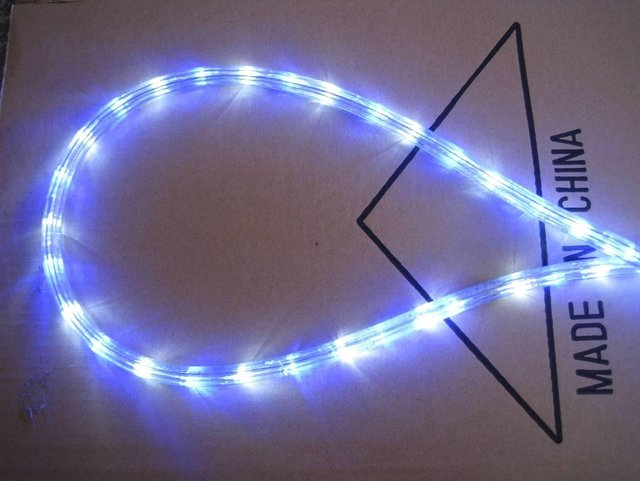 100m/roll LED 3 wires round rope light;30leds/m;13mm diameter;DC12V/24V/AC110/220V are optional;R+G+Y+B color