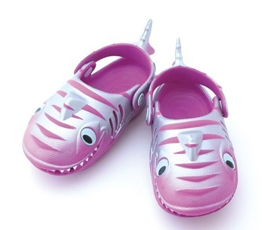 2015 Polliwalks Sesame Street 3D Cute Shark Shoes For Boys And Girls Spring And Summer Children Beach Sandals Kids Shoes(China (Mainland))