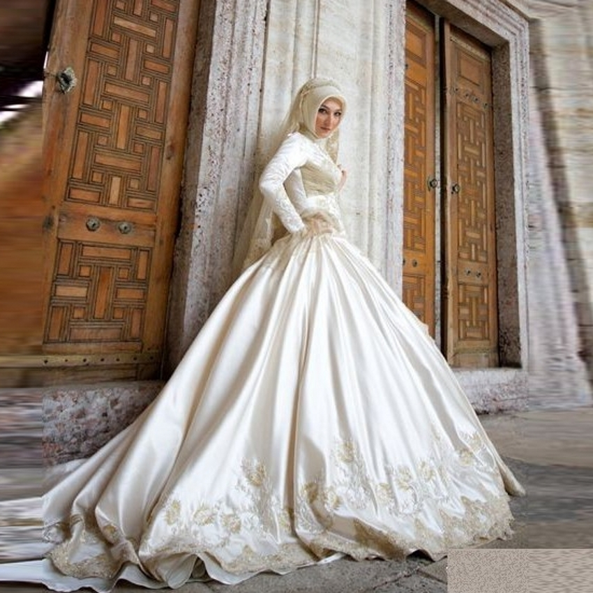 China lace high neck long sleeve muslim wedding dresses for Arabic wedding dresses with hijab