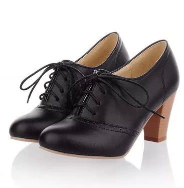 Womens black leather flat shoes – Modern fashion jacket photo blog
