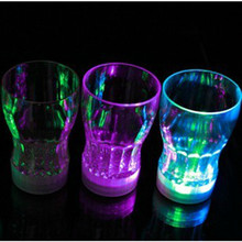 Wholesale Price 3 LED Flashing Light Bulb Bottle Cup Mat Coaster For Club Bar Christmas Xmas Party Gift 3V(China (Mainland))