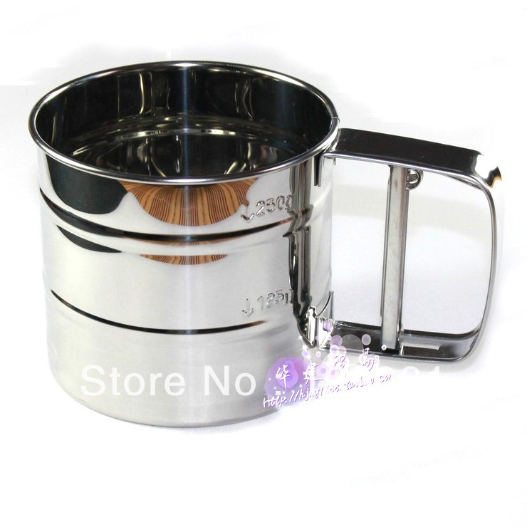 Baking tools stainless steel hand press type flour sieve screen mesh single tier boulimia household manual sieve Small(China (Mainland))