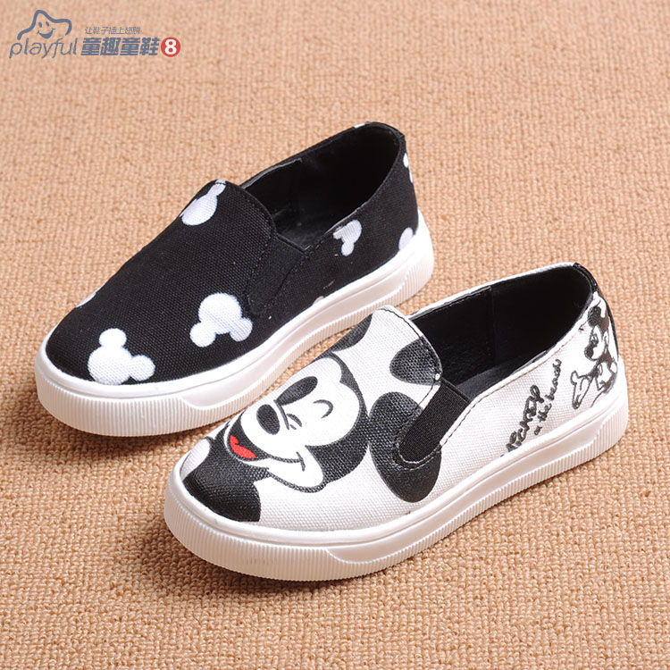 2015 Children canvas shoes boys and girls shoes casual single flat shoes carton Micky Mouse&kitty pattern sneakers(China (Mainland))