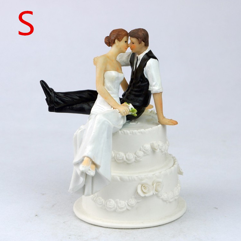 Lovely Bride and Groom Couple Figurine Wedding Cake Topper Party Wedding Decoration(China (Mainland))