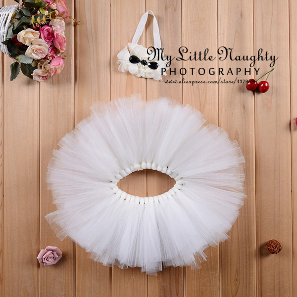 Baby girls beige bow tutu Pettiskirt newborn princess 2pcs outfits skirt and floral headband Photo Prop baby shower gift(China (Mainland))