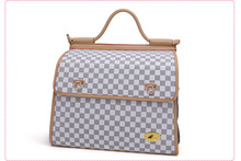 C70 New design PU Leather Pet Dog Carrier Bag Portable Travel Small Puppy Dog Carrier Handbag Breathable Pet Backpack(China (Mainland))