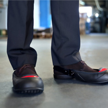Anti-slip anti-hit shoes cover for visitor to visit factory protect the safety of the toes for man and woman