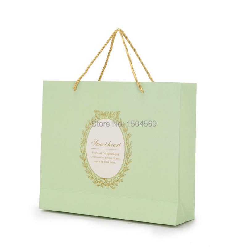 custom paper gift bags