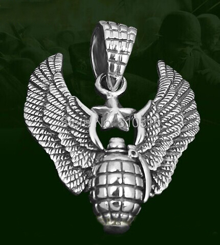 Commandos Wing Thompson Submachinegun Tommy Gun Antitank Grenade Pendant Necklace<br><br>Aliexpress