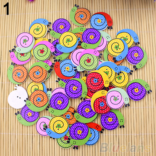 50pcs Lovely Sewing Cartoon Animal Wood Buttons 2 Holes Knopf Bouton 4DCR