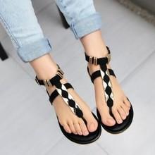 2015 Summer New Women's big flat-heeled thong flat sandals tide rivet punk girl shoes WLX02A02(China (Mainland))