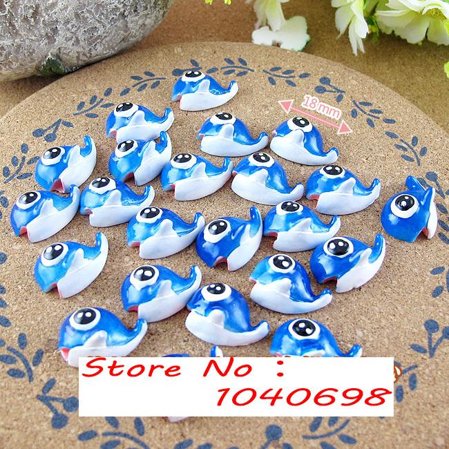 20pcs/lot mini Blue Whale 18mm flat back resins kawaii cabochon crafts DIY christmas ornament US $4.49/lot ( 5 lots or more)(China (Mainland))