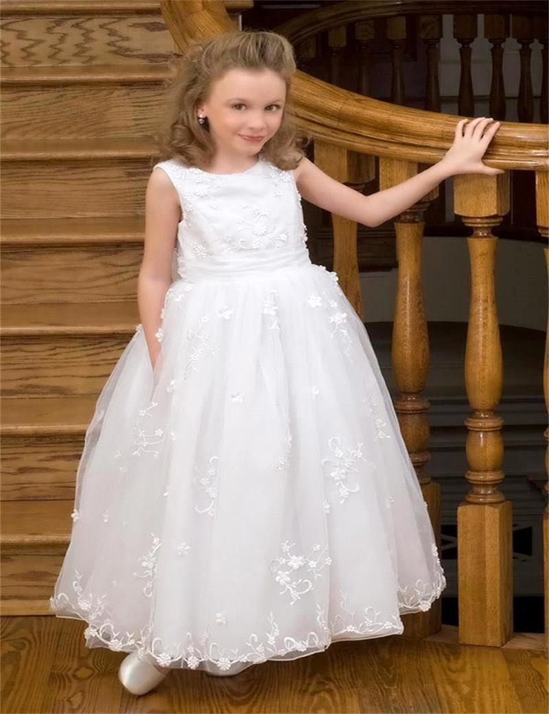 White Sleeveless Floor Length Flower Girl Dresses For