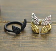 New fashion jewelry Angel wings design finger ring party gift for women girl ladies' mix color R1230(China (Mainland))