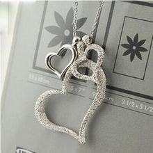 HOT SALE Zinc Alloy Trendy White Silver Three Heart Long Pendant Necklace For Women Jewelry