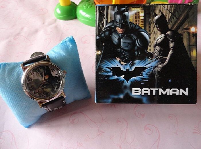 20 pcs/lot cartoon Batman watches with boxes/cool Wristwatch for boys/kids wrist watch(China (Mainland))