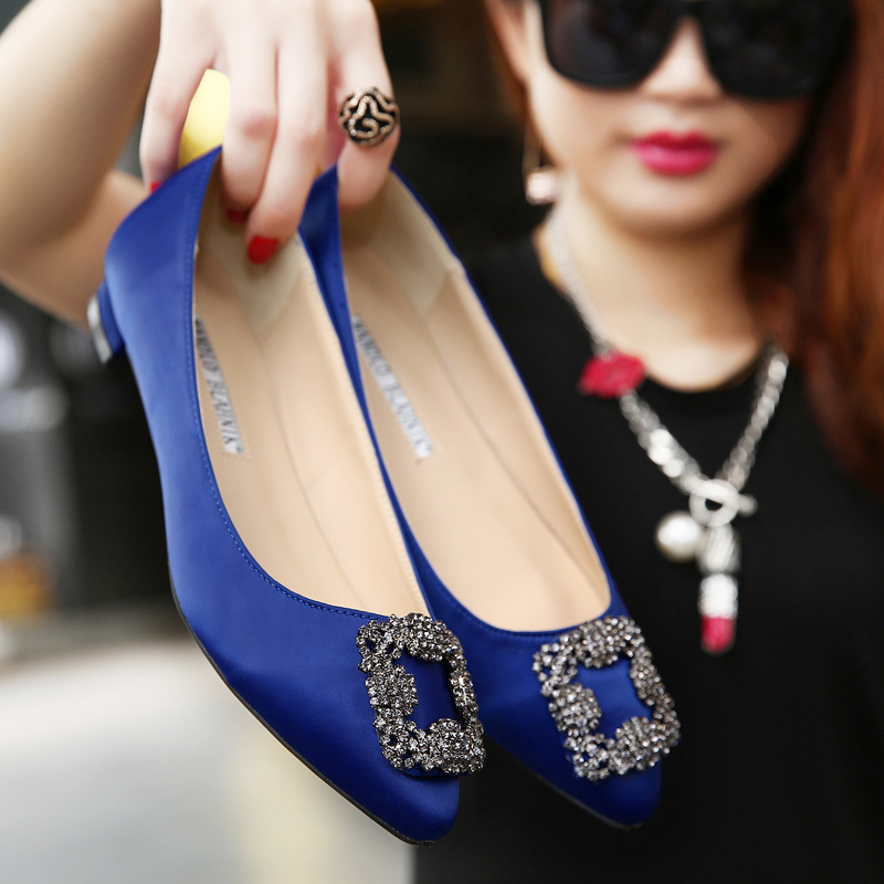HOT 2015 New Women Flats High Quality Manolos Wedding Shoes Jeweled Rhinestone Satin Silk Flat