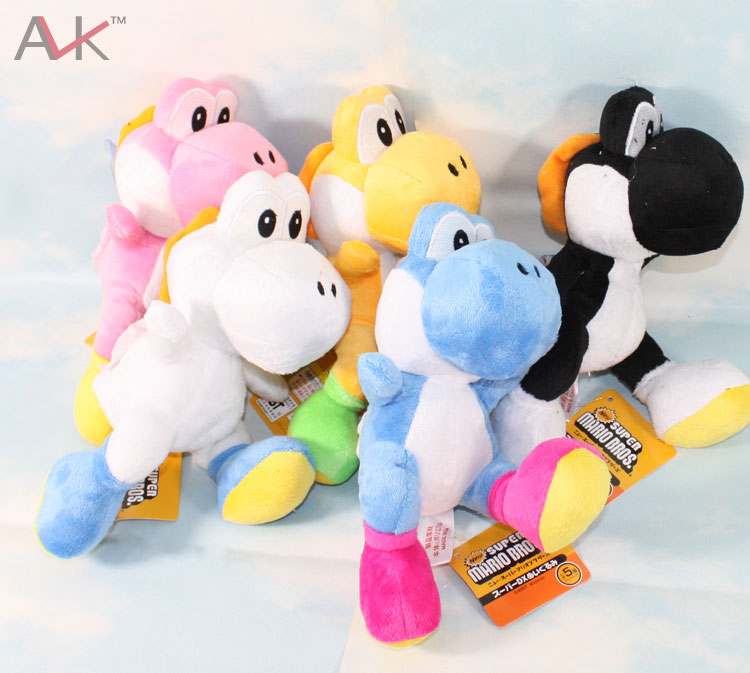 Super Mario Bros plush toys 21cm 8 colors Super Mario kawaii cute Yoshi Dinosaur soft stuffed Doll With Sucker for Children Toys(China (Mainland))