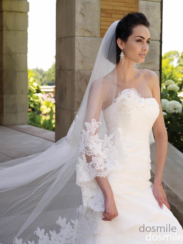 прическа на свадьбу с длинной фатой