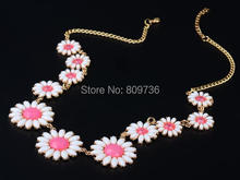 1PC Hot fashion candy color acrylic daisy necklace Yellow Pink flower choker neclace for women party