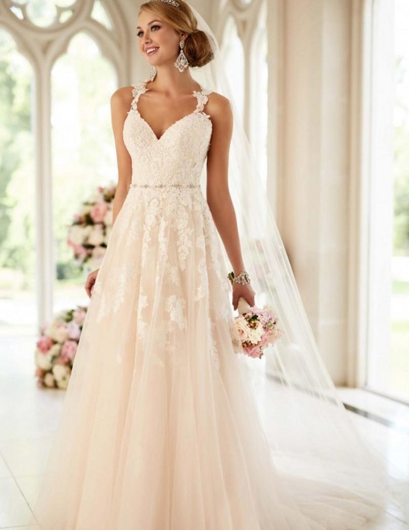 2016 A Line Beaded Vintage Wedding Dress Sexy Lace Illusion Back Wedding Dress Brazil Retail