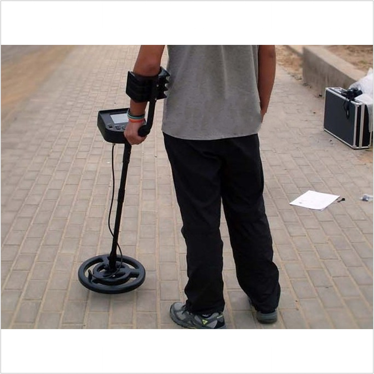 P163 Smart sensor AS924 rechargeable underground metal detector metal sensor garrett metal detector(China (Mainland))