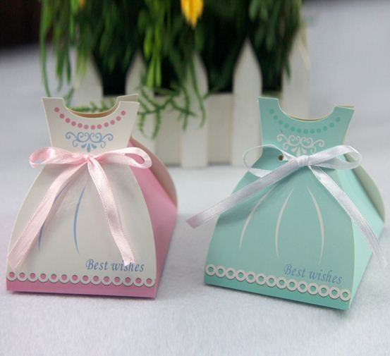 Free Shipping 20pcs/lot European wedding favors creative candy box, Skirt favor box,baby shower birthday candy boxes(China (Mainland))