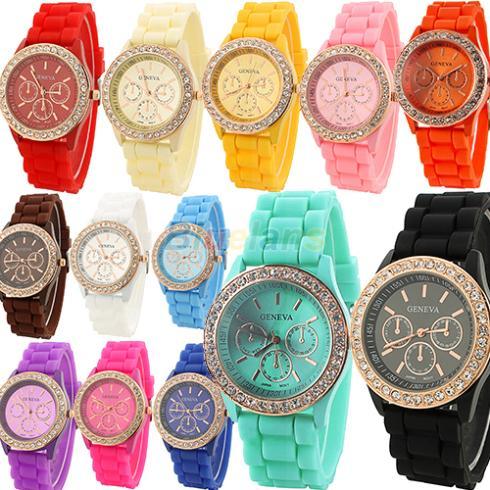 Fashion Geneva Wristwatch Vintage Golden Crystal Rhinestone Watches Silicone Strap Quartz Wrist Watch for Ladies Women