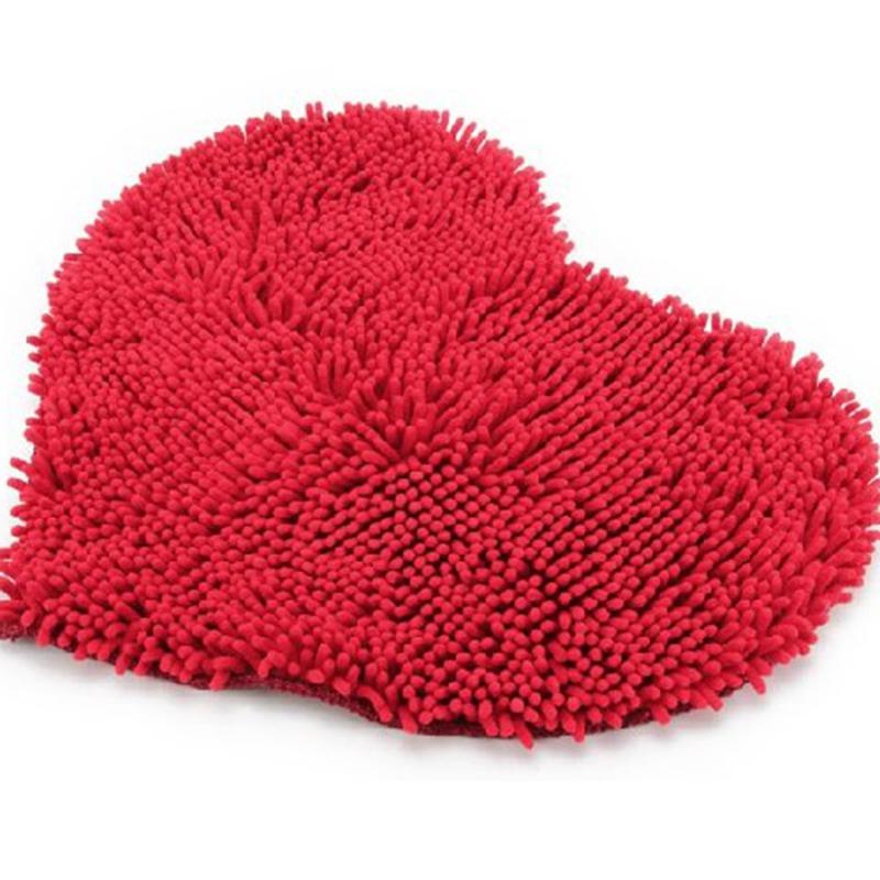 Hot Sale Romantic Red Heart Love Microfiber Chenille Soft Fluffy Rug  Bathroom Bedroom Carpet Mat For