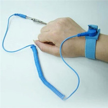1Pc Anti Static ESD Wrist Strap Discharge Band Grounding Static-Release with Clip Newest(China (Mainland))