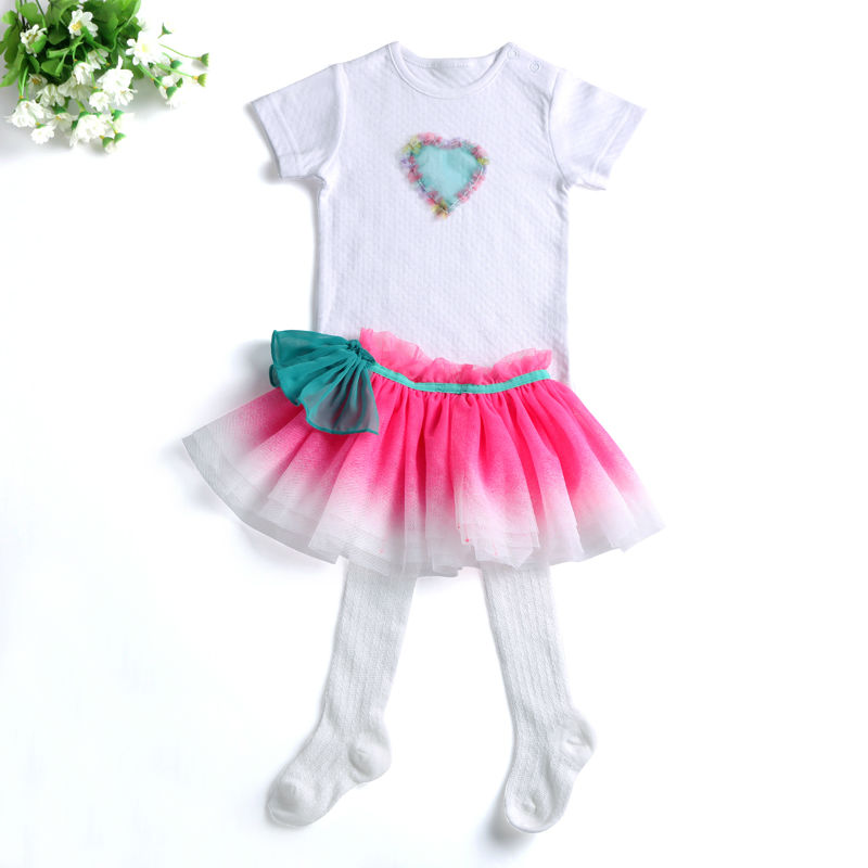 2017 Spring Suits Baby Girl Summer Clothes Newborn Cute Tutu Skirts+Babysuits Romper Sock 3 pieces Infant Clothing Set For Girls(China (Mainland))