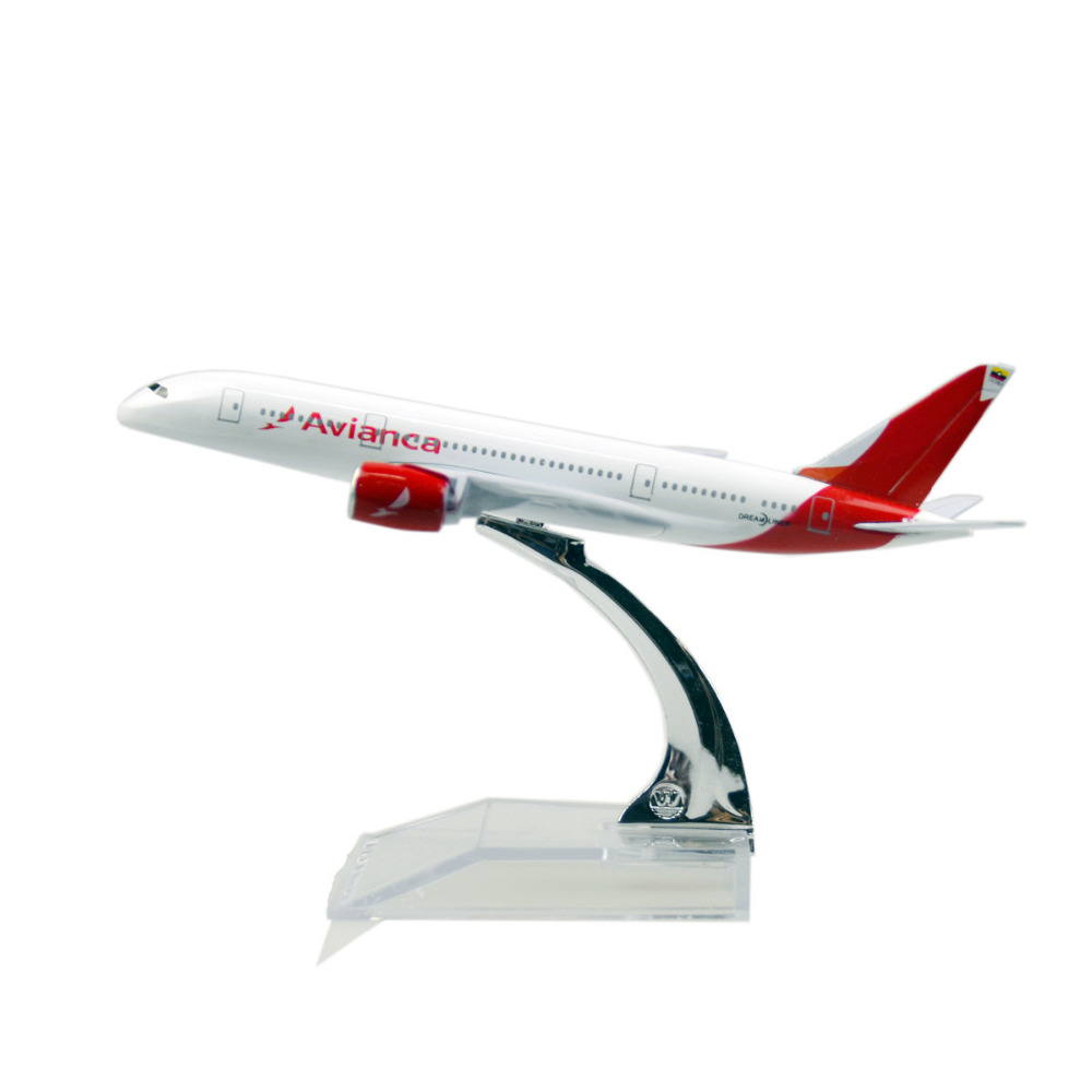 Colombian national airline White Boeing 787 16cm airplane models child Birthday gift plane models toys Free Shipping(China (Mainland))