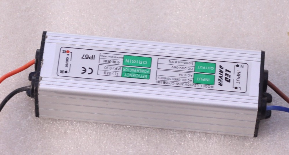 4pcs 10 series 3 parallel constant current 900MA waterproof DC24-36V power supply 30W led light drivers<br><br>Aliexpress