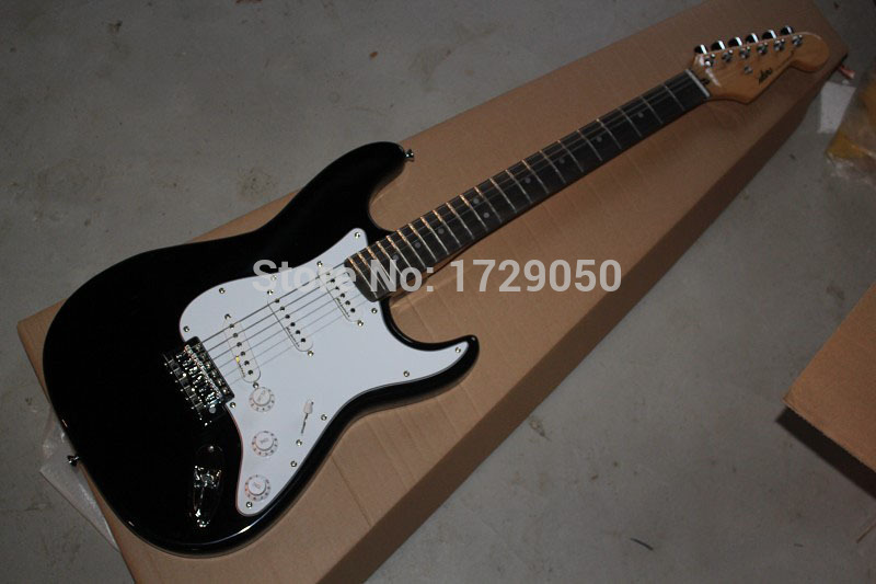 Free shipping New Custom ST high quality Str black Color Electric Guitar white Pickguard 1111(China (Mainland))