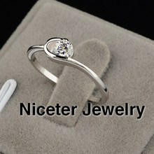 NICETER AAA Top Quality 1pc Free Shipping Ruby Transaprent Swiss Cubic Zircon Diamond Ring For Women