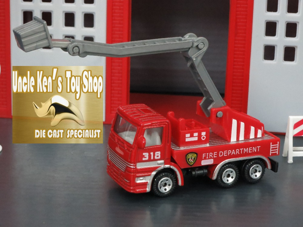 1/64 Aerial ladder fire truck, diecast metal car model with free wheel function/functional fire ladder as kids toys(China (Mainland))