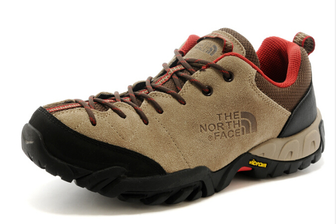 2015 autumn and winter new matte leather breathable waterproof hiking shoes, men's cross country walking shoes(China (Mainland))