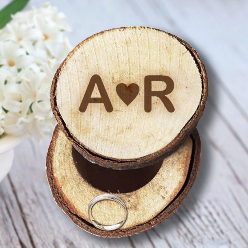Engage Initials to Wooden Ring Box Rustic Wedding/Valentines and Anniversary Ring Box Personalized Memory for Wedding Decoration(China (Mainland))
