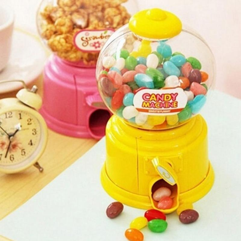 NEW Korean Style Funny Mini Twist Candy Machine Plastic Candy Machine Piggy Bank Toy Money Pot Box Saving Coin Box Christmas(China (Mainland))