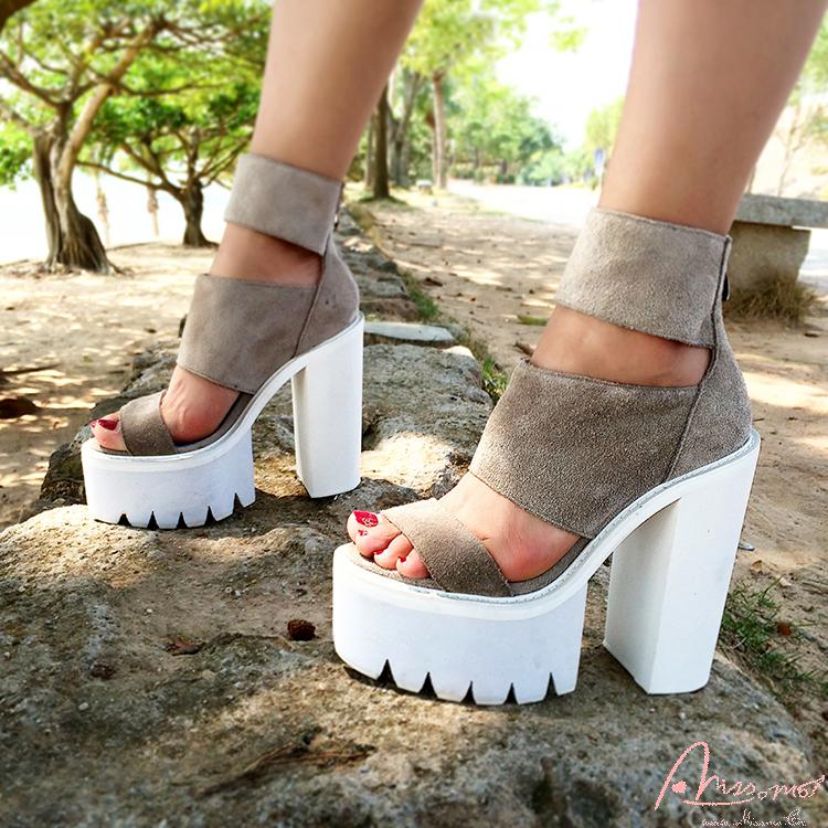 The new 2015 European and American street thick grey ultra high heels female<br><br>Aliexpress