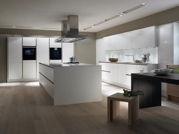 American solid wood kitchen cabinet Lacquer kitchen cabinet modern design lacquer kitchen cupboard in excellent finished