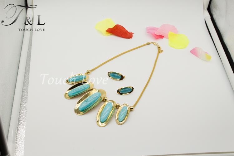 Wholesale best design jewelry set gold earrings pendant charm necklace jewelry set green stone jewelry set(China (Mainland))