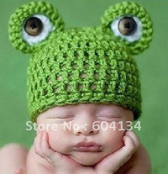 Cute little frog hat Photo Prop Knotted Hat - Newborn Baby Hand Crochet