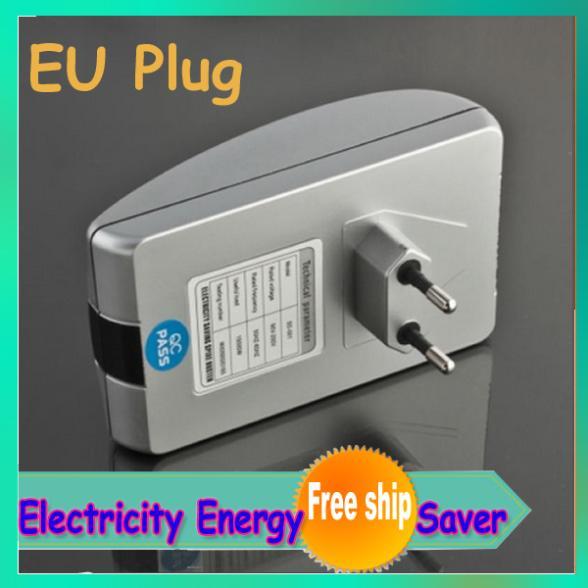 New Power Saving Electricity Provincial Electric Power Saver household saving king EU plug(China (Mainland))